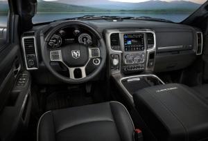 Dodge-Ram_1500_Laramie_Limited_2015fotos12